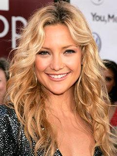 Beachy waves - Kate Hudson